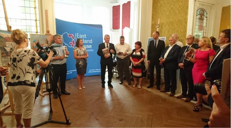 Wernisaż lubelskiej malarki Krystyny Głowniak w Domu Polski Wschodniej