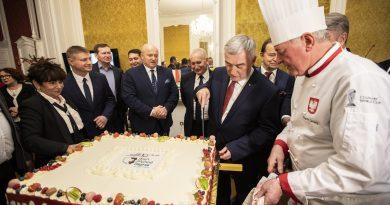 Tradycyjne przyjęcie wigilijne z okazji 10-lecia istnienia Domu Polski Wschodniej w Brukseli
